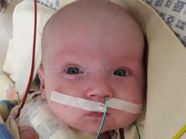 Помогите малышу избавиться от трубок