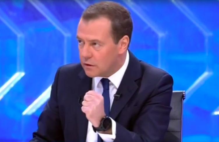 Разговор с Дмитрием Медведевым (Иллюстрация 3 из 5) (Фото: кадр трансляции/Россия 24)