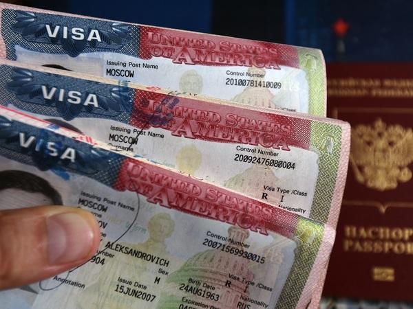 Кому США даст визы в Петербурге