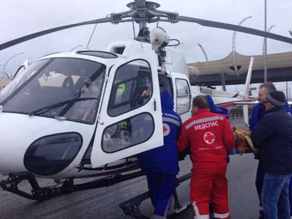 Движение по КАД перекрывали, чтобы вертолёт забрал пострадавшую