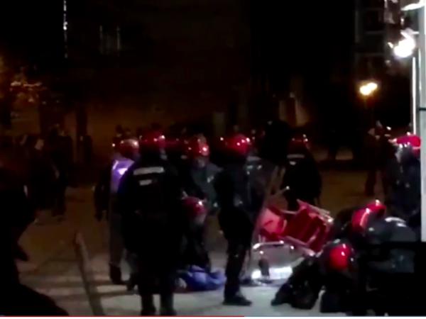 Опубликовано видео драки болельщиков «Зенита» и «Реал Сосьедада» в Сан-Себастьяне
