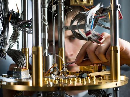 Компьютеры готовятся к квантовому скачку