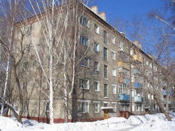 Снос хрущевок: Нужно ли Петербургу брать пример с Москвы?