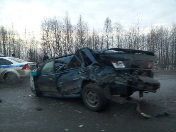 Киевское шоссе стоит в обоих направлениях из-за аварий