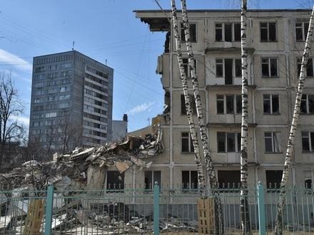 Тут вам не Москва: в Петербурге раскритиковали массовый снос хрущевок