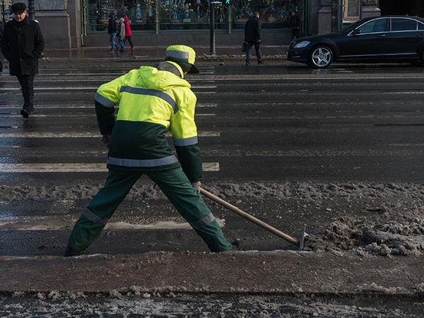 В Петербурге из-за снегопада выросло число заявок о ДТП