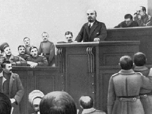 Как Ленин сто лет назад товарищей шокировал