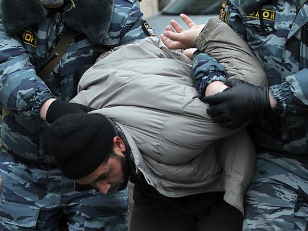 Как в Петербурге искали армию единобожия, а нашли гранату