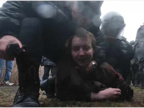 Полиция Петербурга расправилась с акцией протеста за 45 минут