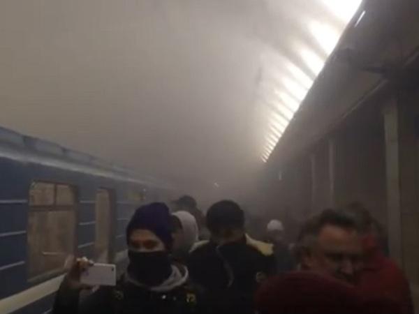 На станции метро «Сенная» - задымление