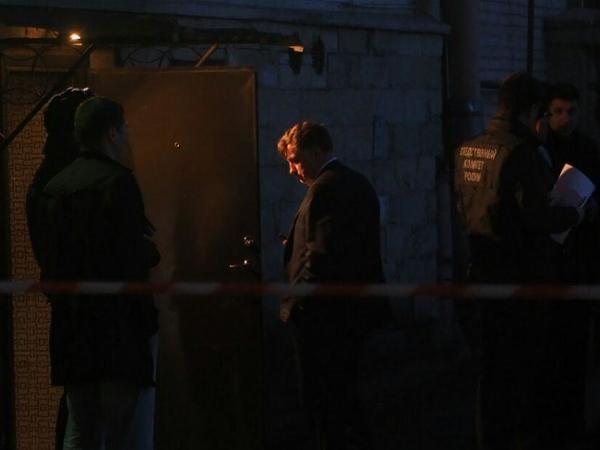 К месту смерти Тюльпанова приехали сотрудники СК, полиции, прокуратуры и спикер ЗакСа