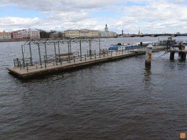 Военные корабли внезапно ушли из Петербурга