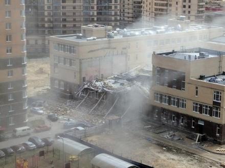Просто рухнула школа