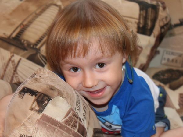 Помогите обрести слух малышу