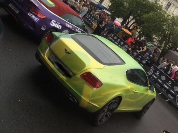 Bentley из Ульяновки стартовал в гонке миллионеров по Европе