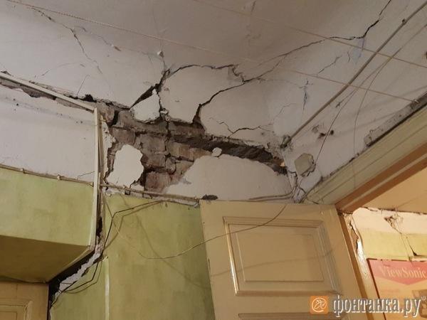 Жилой дом на Каменноостровском эвакуирован из-за деформации перекрытий