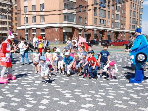 В ЖК NEWПИТЕР состоялось открытие бульвара Белых Ночей