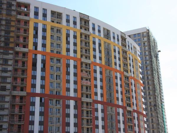 Полгода по новым правилам.  Что происходит на строительном рынке Петербурга?
