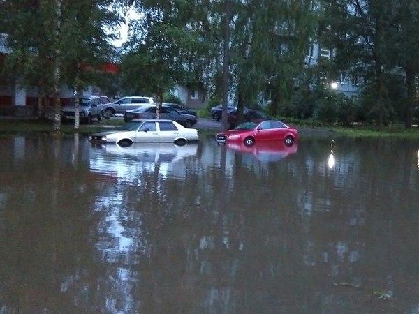Великий Новгород затоплен, в городе перебои с электричеством