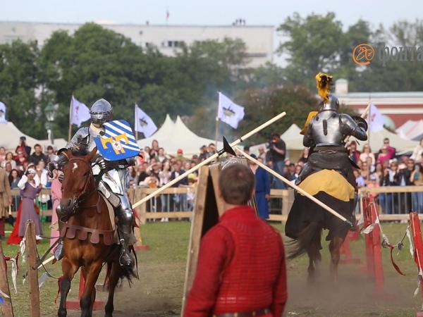 «Рыцарей не кормить»: у Петропавловской крепости случилась «Битва на Неве»