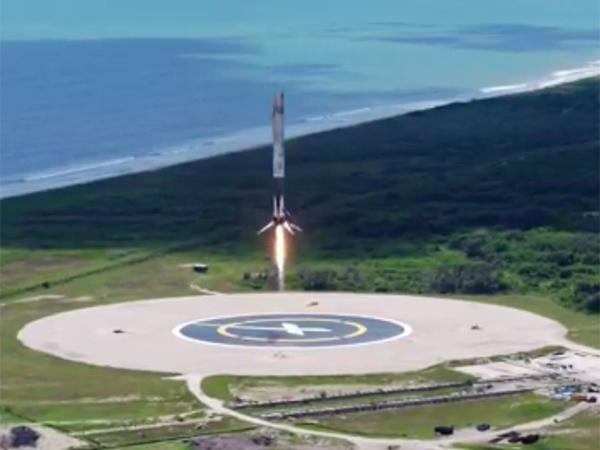 Илон Маск показал видео успешного старта  Dragon к МКС