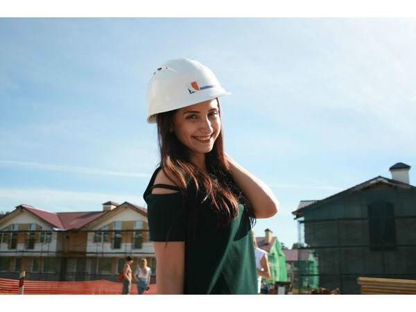 «Норманн» отметил День Строителя на объекте «Норманндия»