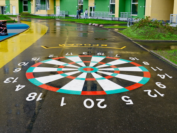 «Северный город» обустроил 12 игровых зон для маленьких жителей ЖК Green City