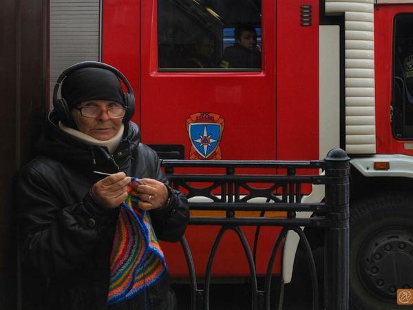 10 расчётов приехали к «Владимирскому пассажу» на сообщение о пожаре