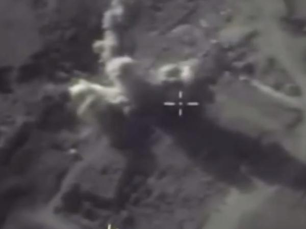 Минобороны опубликовало видео ударов по позициям боевиков в Идлибе
