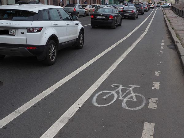 Гаишники не видят велодорожки