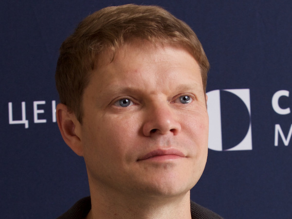 Александр Баунов: ФСБ не стоит идти в американское посольство