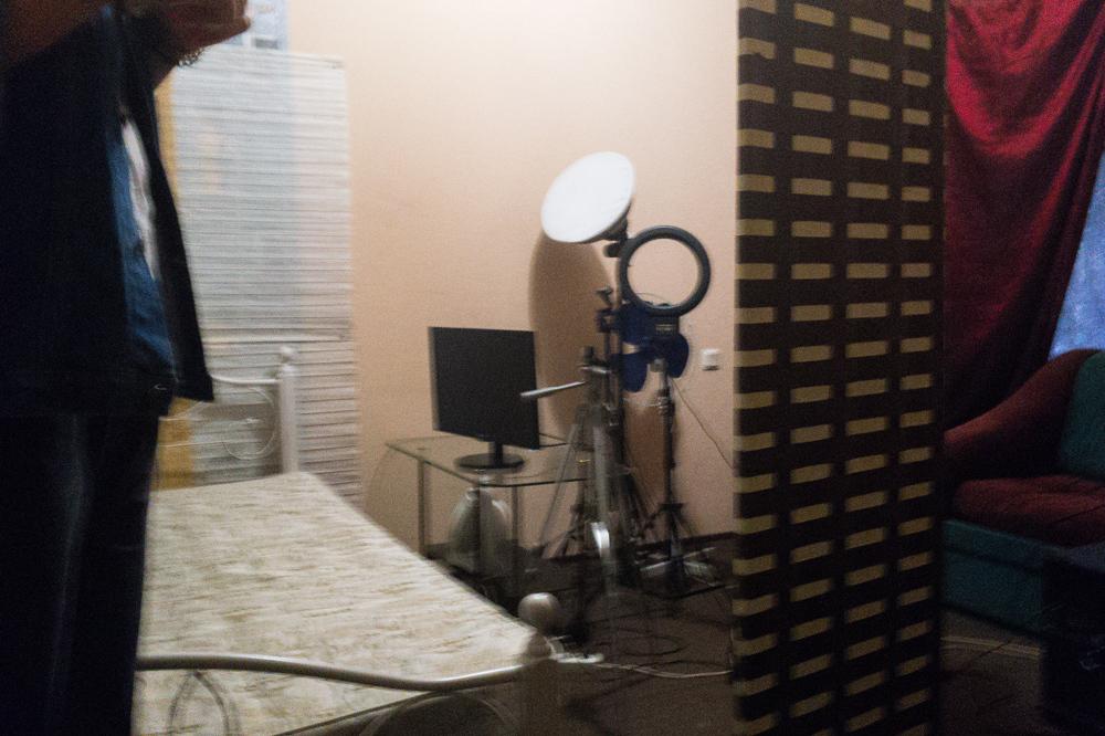 Оборудованная для трансляции комната в студии New York