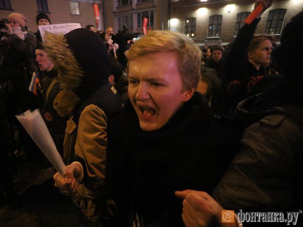 """В Петербурге задержали десять """"забастовщиков"""""""