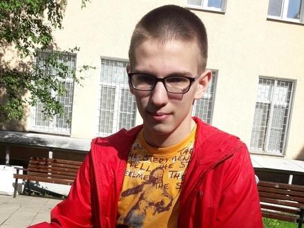 Алексею снится футбол и выпускной