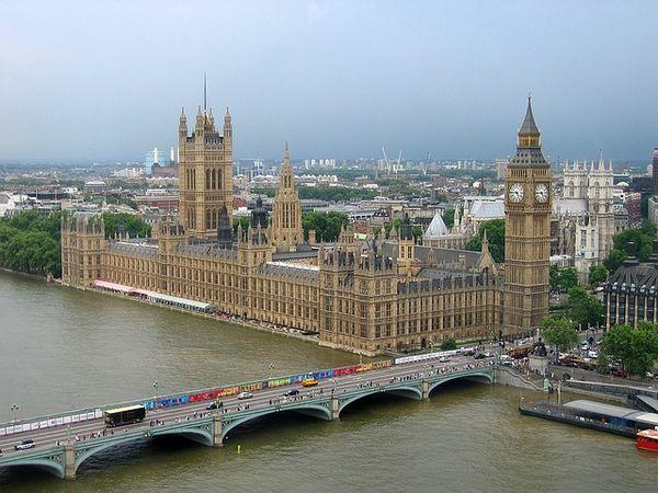 «Победа» начала летать в Лондон и Милан из Санкт-Петербурга