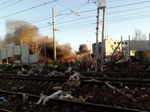 При взрыве на заводе под Гатчиной погибли два человека