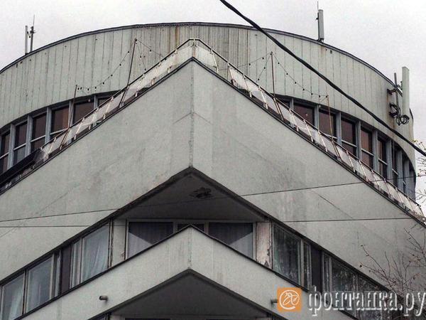 Подробности трагедии в Zeppelin: упавшие с террасы ресторана на Фонтанке гости перед смертью устроили драку