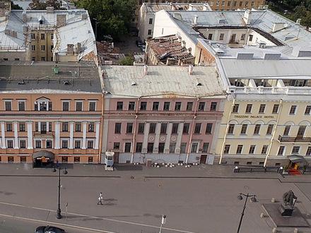 Бремя Берсона. Почему дорогущий особняк на Васильевском еще не скоро будет заселен