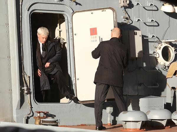 Сечин, «Калашников» и долги. Какие вызовы бросает ОСК генералу Полтавченко
