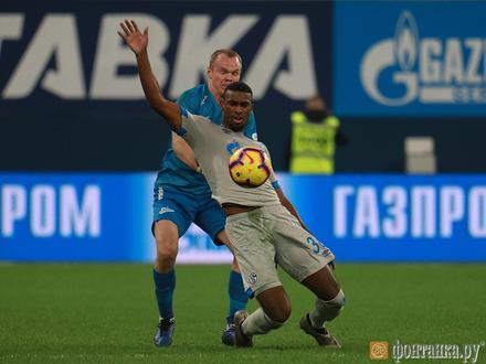 «Зенит» обыграл «Шальке-04». Победный гол забил Оздоев