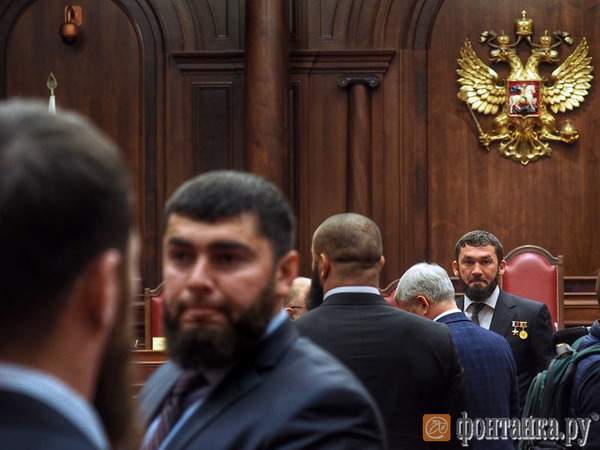 «Пересмотр границ опасен». При проверке соглашения о чечено-ингушской границе в КС цитировали Путина