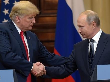Дональд Трамп и Владимир Путин//Дмитрий Азаров/Коммерсантъ