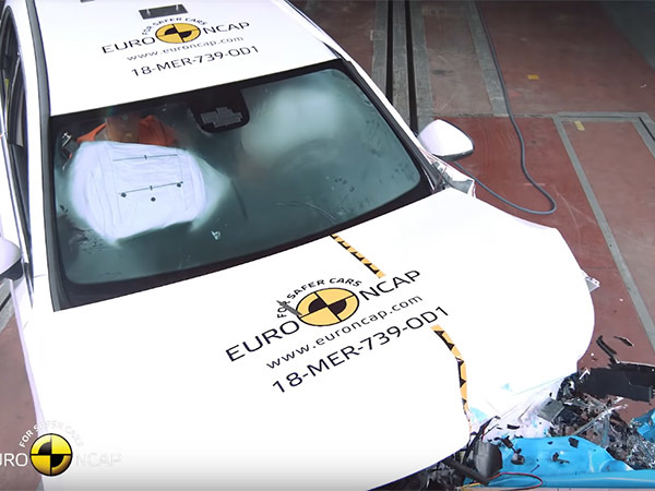 Европейские эксперты назвали самые безопасные автомобили года по итогам краш-тестов