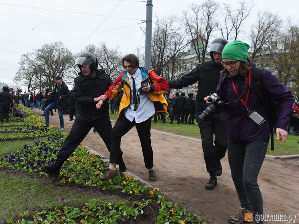 За кизильник ответят навальнисты. Смольный просит 11 млн с протестовавших перед инаугурацией Путина