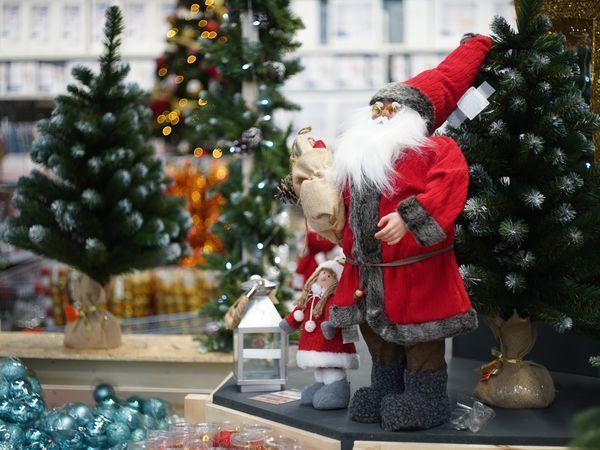 Россияне уверены, что заслужили хорошие подарки к Новому году