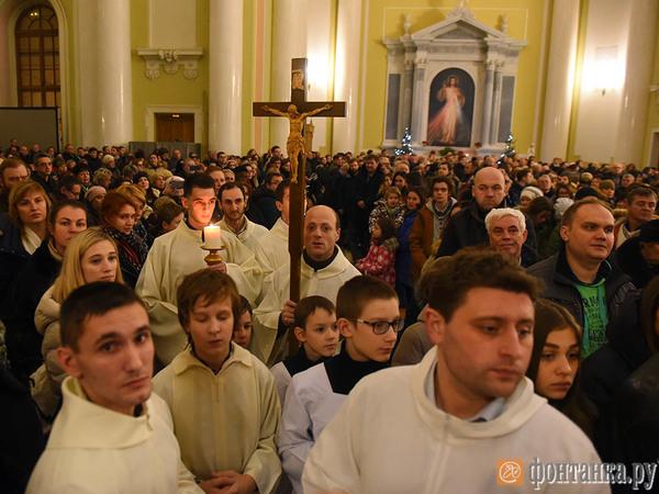Католики и протестанты Петербурга встретили Рождественский сочельник