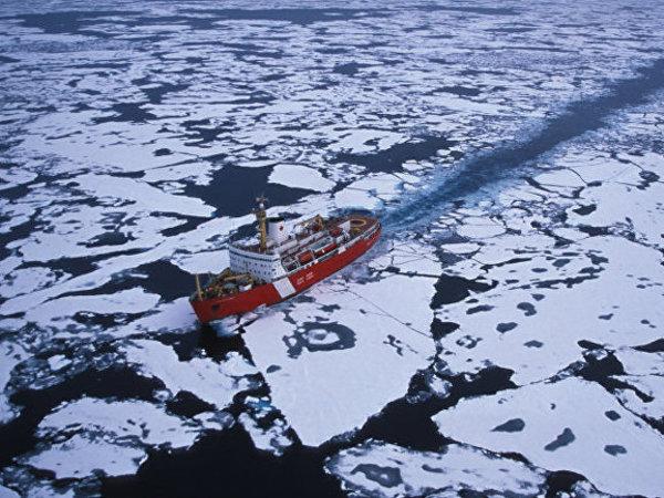 Северный морской путь ждет ледоколы