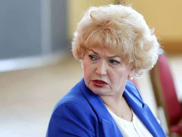 Людмила Нарусова: Сурков показал на Украине, как справляются мужчины
