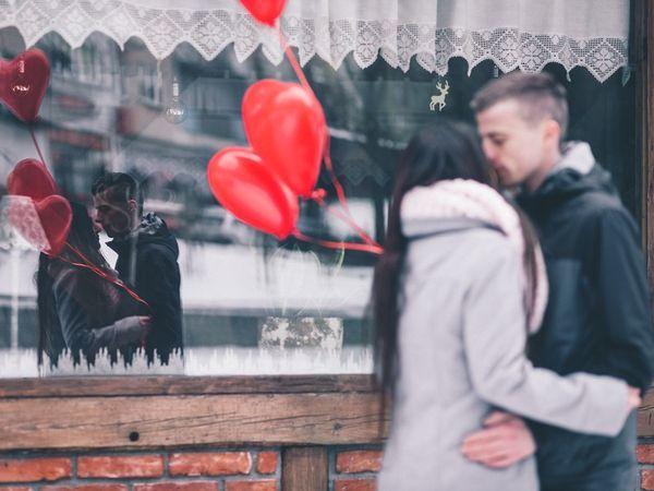Жительницы Петербурга назвали лучший подарок мужчине на 14 февраля