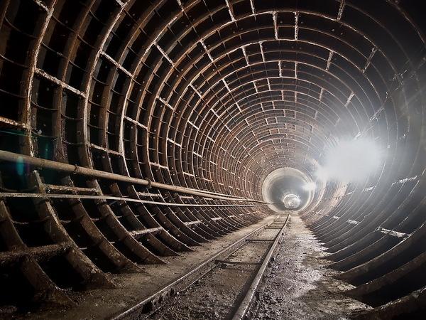 У петербургского метро - поствыборный синдром